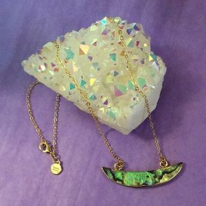 ✨🆕14k Abalone Shell Crescent Pendant Necklace✨
